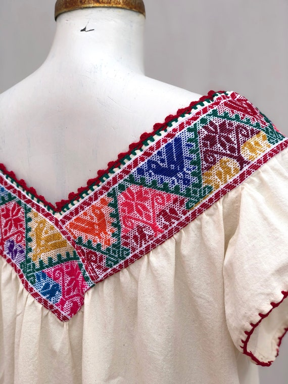 Mexican dress, hand embroidered mexican dress, Me… - image 6