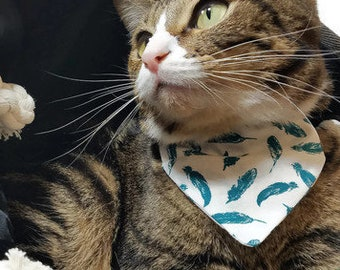 Cat Bandana, Teal Feathers Cat Bandana, Slide on Bandana, Easy On Bandana, Cotton Cat Bandana, Cat Bandanas, Teal Feathers, Small Bandana