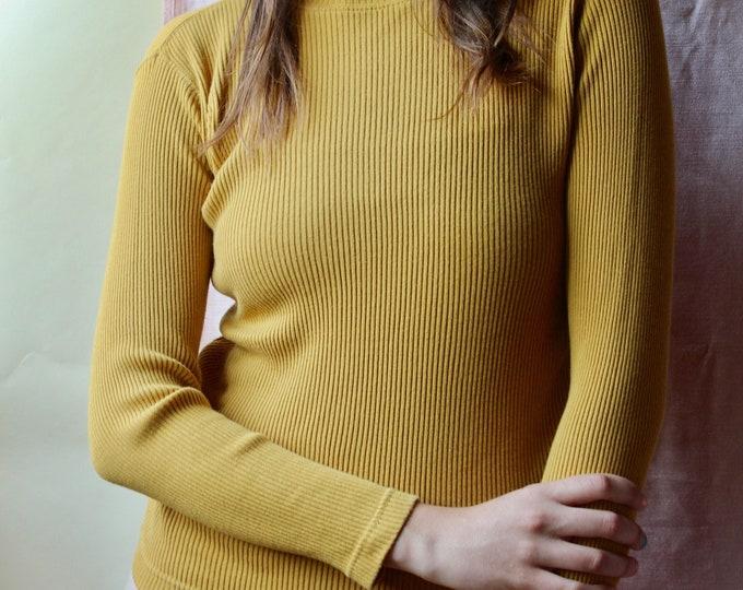 Vintage 90s Basic Mustard yellow Long Sleeve Pierre Cardin turtleneck