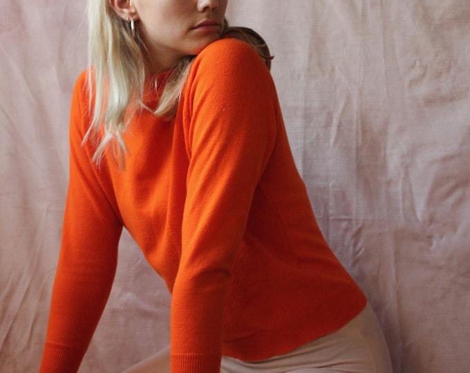 Vintage woman's basic 70s bright orange Knit Acrylic Crew neck sweater