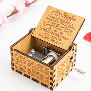 Sunflower Newest Designed Music Box Gifts from Aunt to Niece You are My Sunshine Music Box 1 Pcs