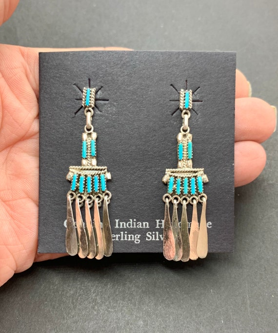 Yuselew Signed Zuni Sterling Silver Turquoise Need