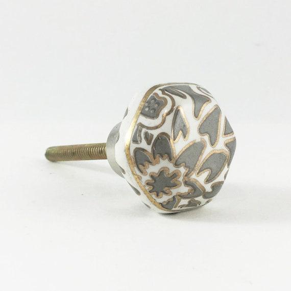 Kleines Sechseck Keramik bemalt Knopf grau weiß und Gold | Etsy