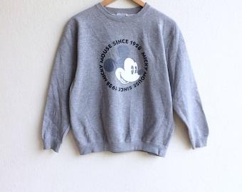 Disney! The famous cartoon MICKEY MOUSE since 1928 big logo sweatshirt gray colour medium size