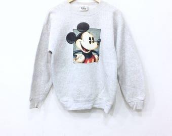 Disney! Vintage 90s MICKEY MOUSE big logo sweatshirt gray colour medium size