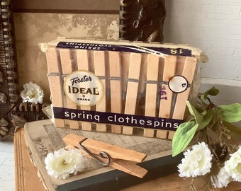 Vintage 19 cent Package of Clothespins Foster Ideal Brand Vintage Advertising - Laundry Room Decor - NOS - Country Farmhouse Vintage Kitchen