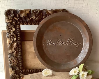 Vintage Mrs Conklings Pies Tin Dish Metal Pie Plate Kitchen Cooking Baking Pan French Country Farmhouse Chic Home Wall Decor Advertising