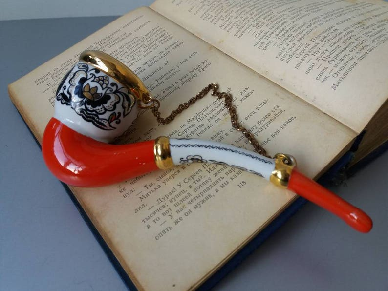 Red and White Porcelain Pipe Ceramic Pipe Soviet Pipe Vintage Tobacco Smoking Pipe Gift for Smoker Decorative Pipe Vintage Smoking Pipe USSR