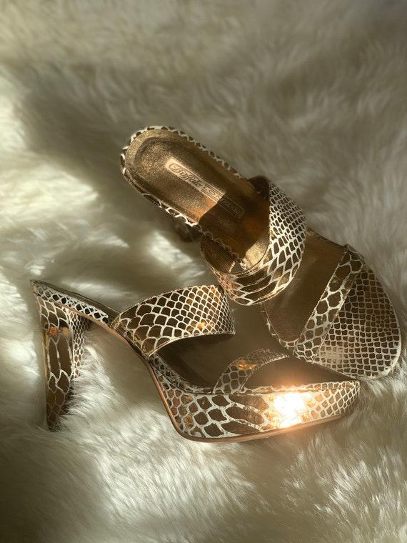 Vtg 90s Buffalo snakeskin pattern platforms gold b