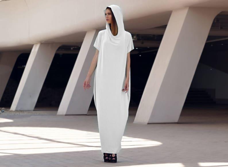 ee2e5526abd Off White Hooded Short Sleeve Kaftan Maxi Dress