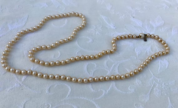 Vintage Marvella Knotted Faux Pearl Necklace - image 4