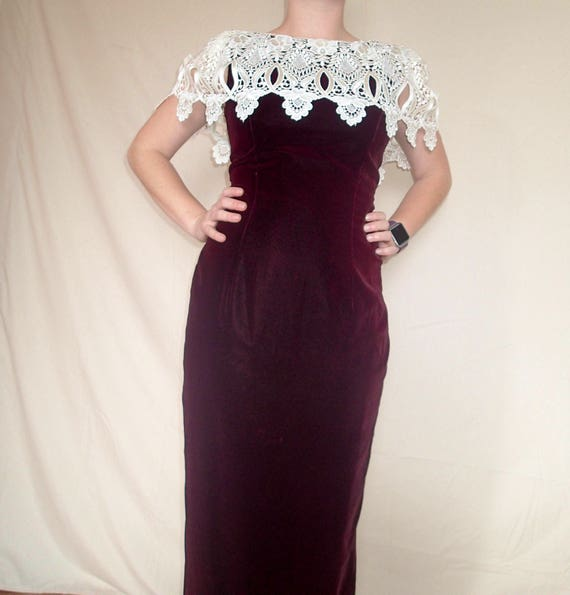 Jessica McClintock 1990s maroon velvet gown
