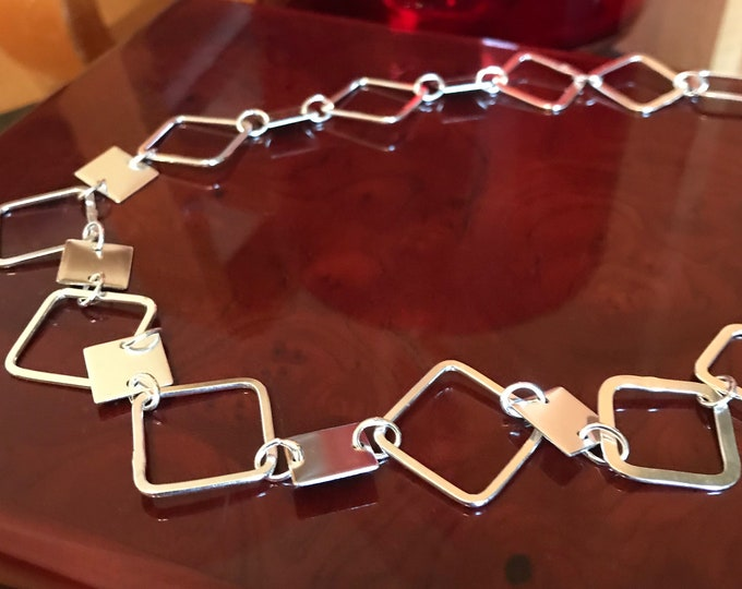 Contemporary Geometric Chain Necklace