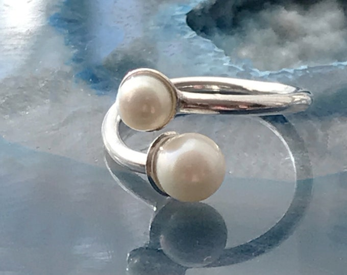 Double Freshwater Pearl Adjustable Ring