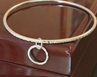 Retro Charm Drop Bangle