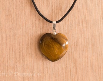 Tiger eye heart pendant necklace