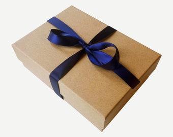 Gift box - Eco gift box - luxury gift box - ethical gift box - sustainable gift box  - gift for her - plastic free - amaranthinebeauty