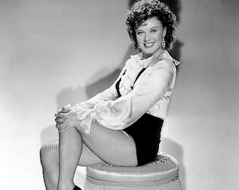 GINGER ROGERS PHOTO #4
