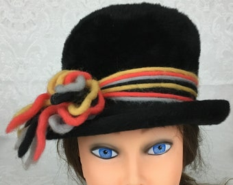 a8a629e873a07 Vintage Womens La Vienne Black Faux Fur Bucket Top Hat Colorful Yarn  Accents H213