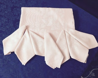 Vintage Linen Damask Pink Floral Tablecloth 61 x 72 with 7 Matching Napkins TC57