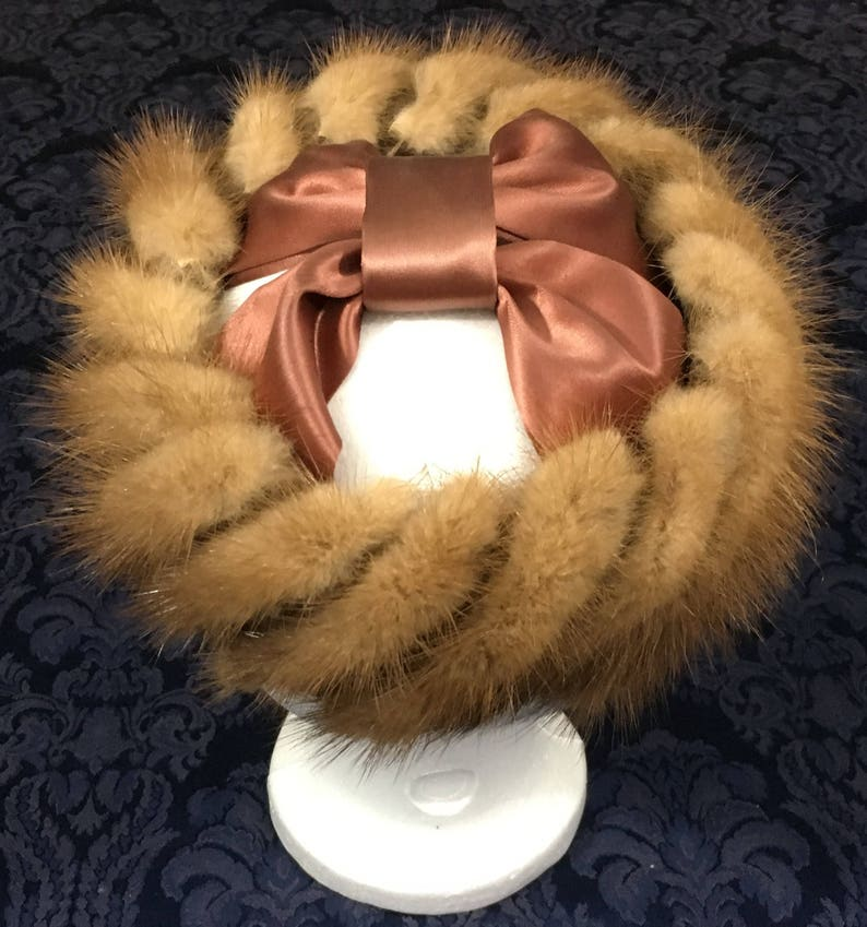Vintage Womans 50s 60s Mink Fur Halo Style Hat with Brownish Satin Bow