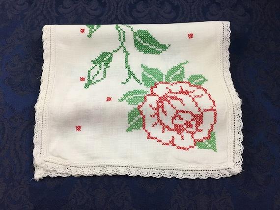 Embroidered Dresser Scarf Vintage Floral Table Runner Roses Crochet Trim
