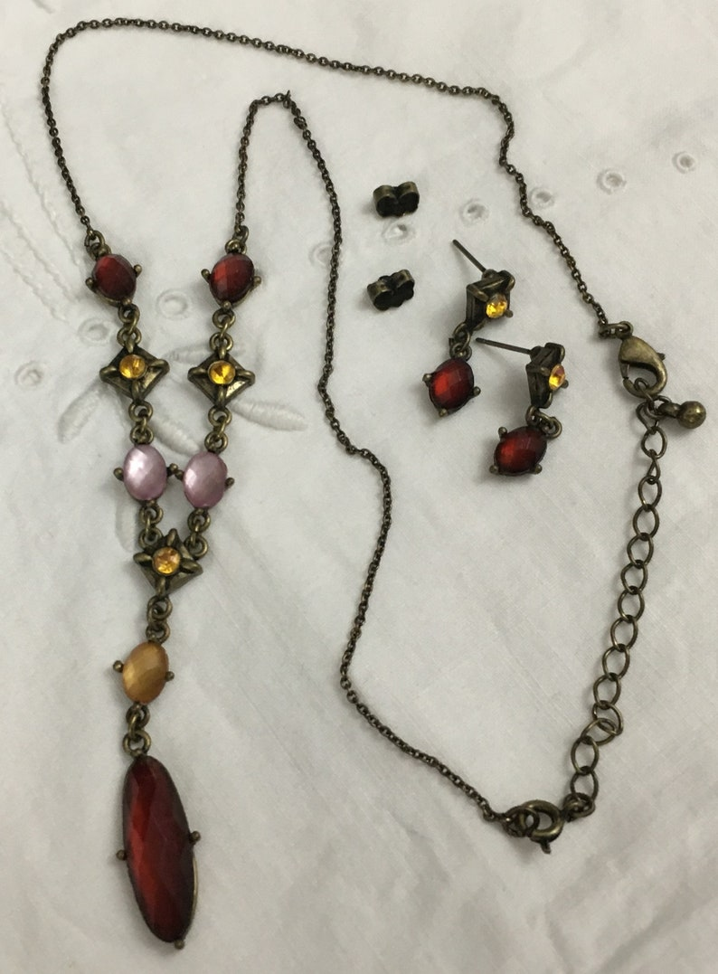 Vintage Costume Jewelry Gemstone Necklace and Earring Set Gold Finish