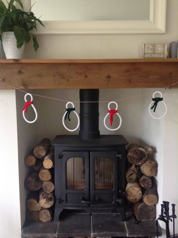 Knitted Snowman Christmas Garland // Decoration // Wall Hanging