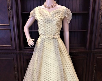 Exquisite Vintage 1940's Full Length Gown Pure Perfection! Eligible for Layaway!