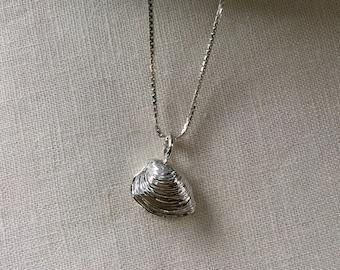 e6d8224c2 Sterling Silver Quahog Shell Necklace
