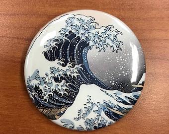 Tsunami Pin