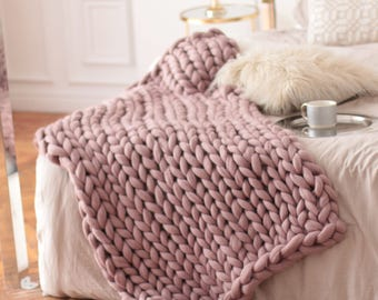 Chunky Knit Blankets, Pink Chunky Knit Throws, Oversize Chunky Blankets, Gifts For Her, Dusty Pink Blankets, Merino, Mothers Day Gift