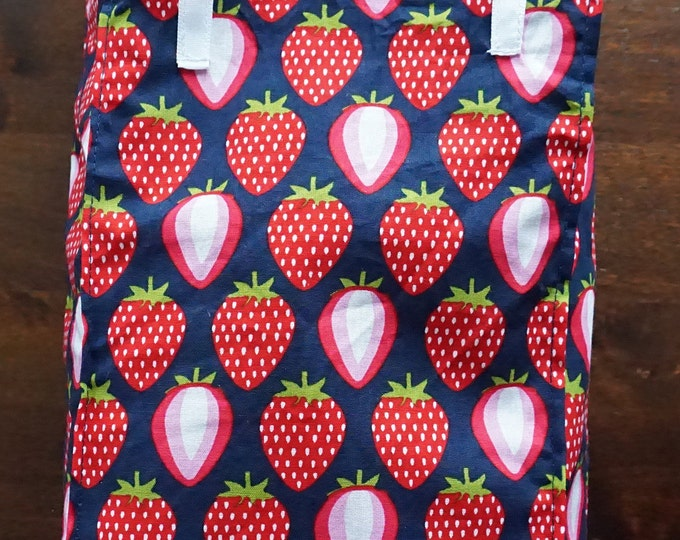 Featured listing image: Lunch bag, jack saunks, lunch, bath bag, breakfast, strawberries, sandwich bag