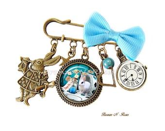 PIN Drink me Alice in Wonderland blue gem cabochon glass