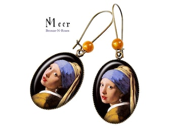 These earrings the girl with a Pearl gem cabochon Johannes Vermeer painting