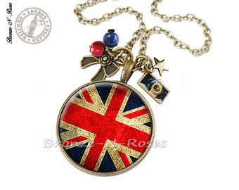 "Necklace ""British flag"" red British flag cabochon"