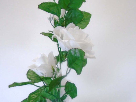 Roses Garland Artificial Silk Flower 6 ft Vine FV094