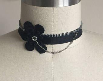Floral Choker w/ Zipper & Chain