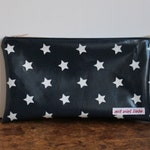 oilcloth, cosmetic bag small, make up, pencil case, zipper, blue, stars, washable ***
