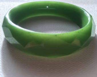 Green Geometric Resin Bracelet
