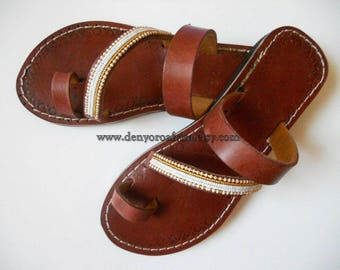 Toe ring leather flats, open toe sandals, sandals women, toe strap leather sandals, flats women, ethnic sandals, ethno shoes, slides sandals
