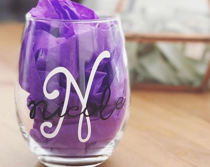 Mothers day gift personalized, custom wine glass, monogram initial and name glass, best friend gift, bridesmaid gift, personalized glass