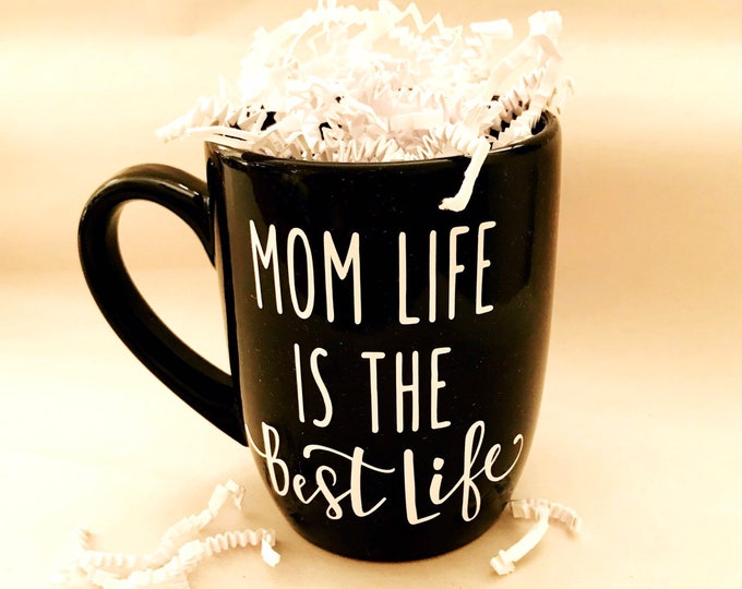 mom life is the best life cup, mom life coffee mug, Christmas gifts for mom, new mom gift, expecting mom gift, mom to be mug, best selling