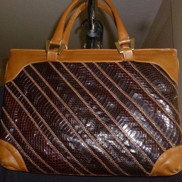 911eeba81a Vintage snake Skin Purse Leather Lined