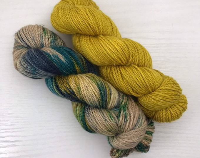 Canon Shawl Kit - Yukon River - Jack Worsted Hand Dyed Yarn - 200g and 365yds total
