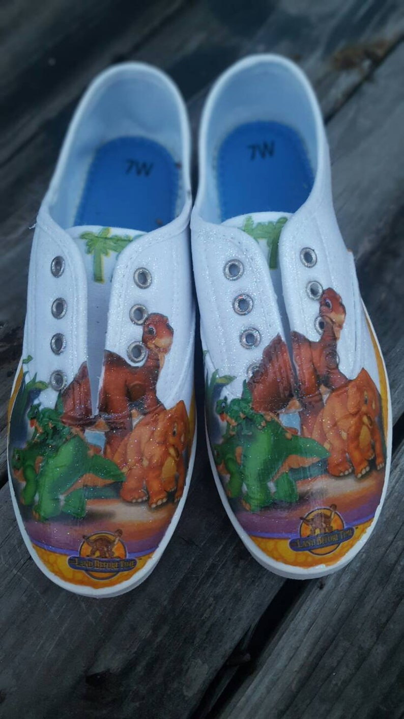 d6512c922c98 Land Before Time Shoe s Little foot Cera Spike and