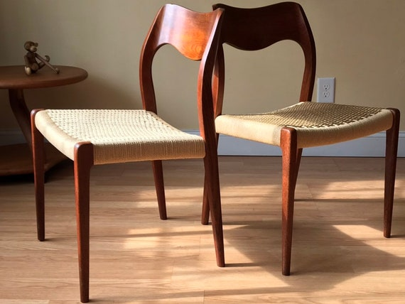 Awe Inspiring Two Moller Model 71 Dining Side Chairs In Teak And New Danish Paper Cord Side Chairs Desk Chairs Bedroom Chairs One Pair Available Gamerscity Chair Design For Home Gamerscityorg