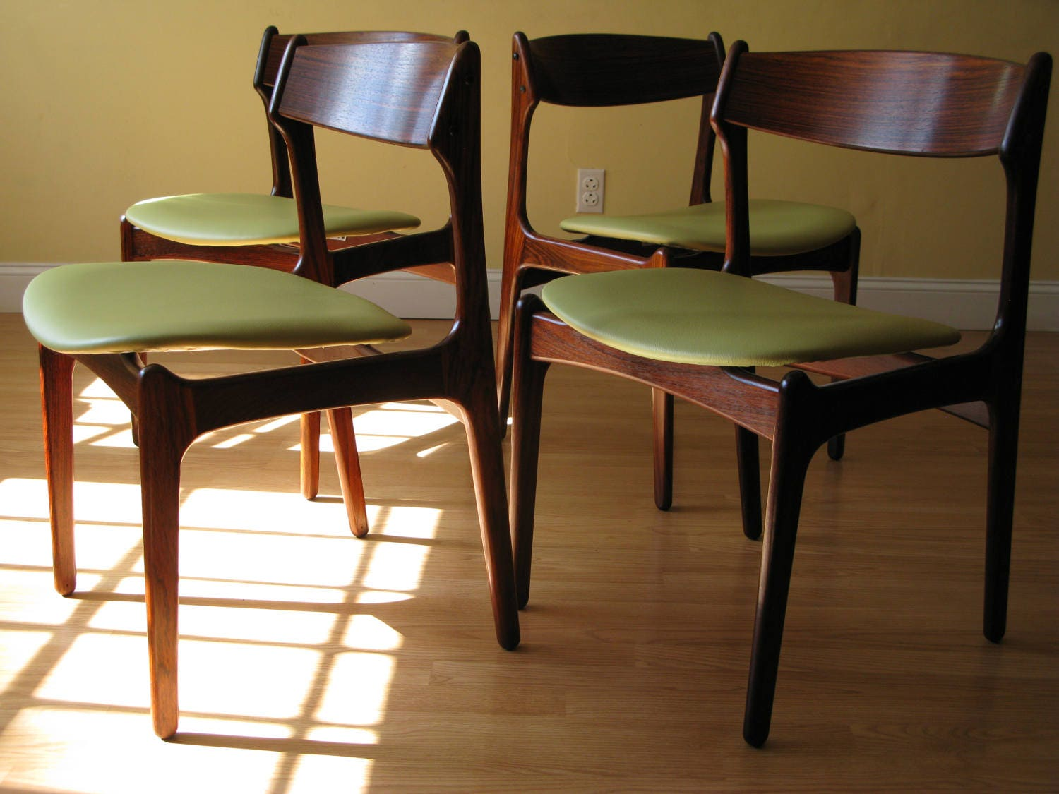 Set Of Four Erik Buch Rosewood Dining Chairs By Od Mobler In Fullgrain Cowhide Upholstery Leather
