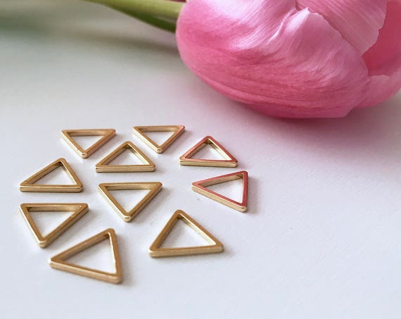Luxe triangular stitch markers - gold (set of 10)