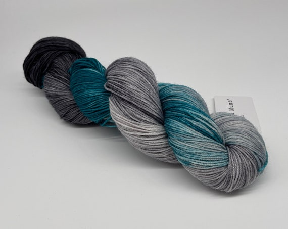 Cloudy with a chance of sea monsters - teal grey variegated hand-dyed super sock yarn - 100g (425m)